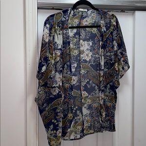 Olive Tree short sleeve floral kimono